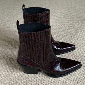 Zara Burgundy Western-Style Bootie